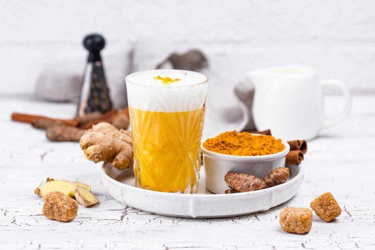 Golden Milk: Conheça essa super bebida e seus benefícios para saúde